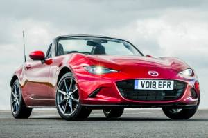 Mazda still offers both traditional soft-top and Retractable Fastback (RF) body shapes.