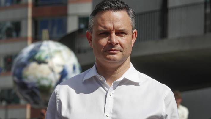 Greens co-leader James Shaw has stepped back from a rethink of genetic modification's possible role in climate change and pest eradication.