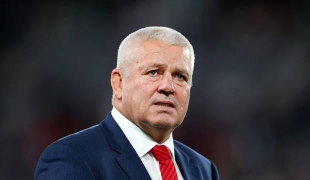 Super Rugby: Chiefs reject Steve Hansen dig at Warren Gatland's contract
