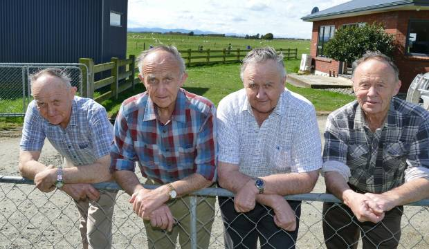 Melbourne Cup 2019: Southland 80-year-old twins Ray and Tony Dennis' lifetime dream about to be realised