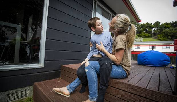 Capital & Coast DHB can't provide keto-trained dietitian for boy with epilepsy