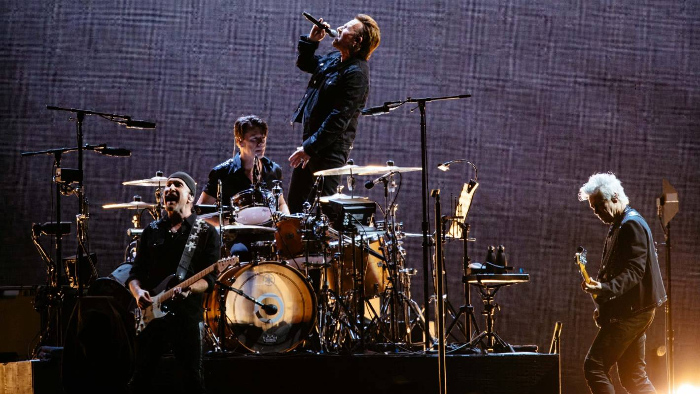 U2 in Auckland: tribute paid to Kiwi friend and roadie Greg Carroll
