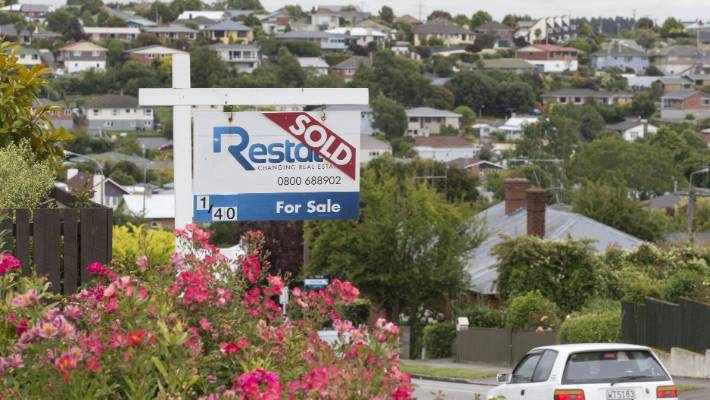 Ipsos, a polling company, recently found that 62 per cent of Kiwis believe they can't afford their own home.