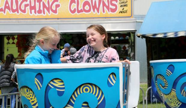 Sunshine brings crowds to Waverley A and P Show