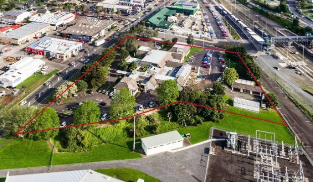 Auckland Council puts the former Franklin District Council headquarters and land on the market