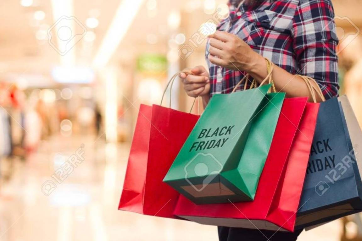 Black Friday Spending Beats Boxing Day Initial Sales Figures Hit 253m Stuff Co Nz