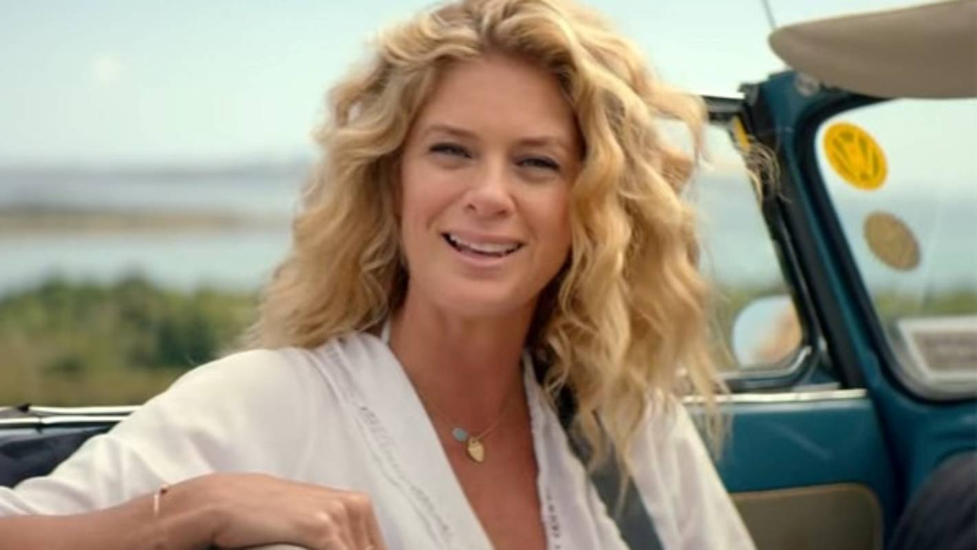 Rachel Hunter's Hollywood Hills home is now a half-price bargain