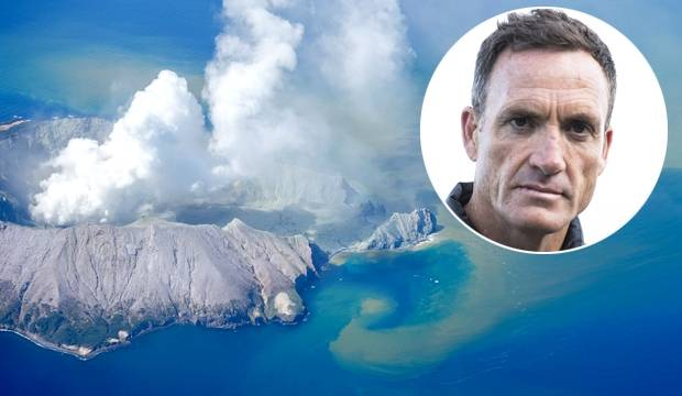 Whakaari/White Island: Helicopter pilot said 'conditions perfect', but tremors prompt warning