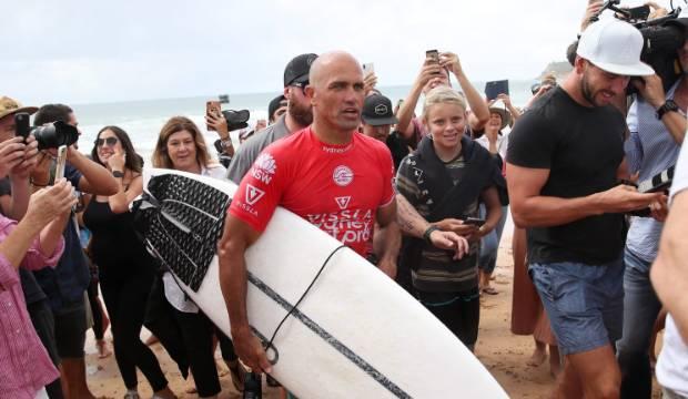 Surfing great Kelly Slater reveals mental health struggles