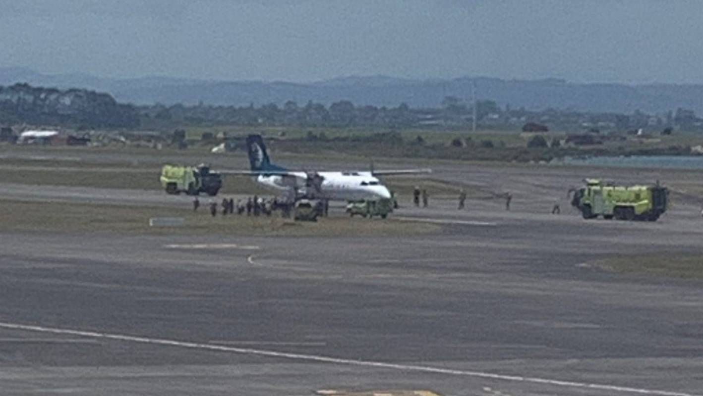 Air New Zealand flight to Palmerston North makes emergency landing at Auckland Airport