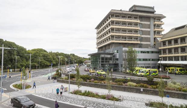 Coronavirus: Christchurch Hospital staff member a probable case of Covid-19