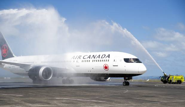 First Air Canada flight between Vancouver and NZ touches down in Auckland