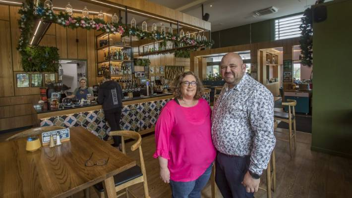 Rowdy Kitchen owners Gabe and Blair McIntyre say they can serve up to 70 bottomless breakfasts on a busy Saturday.