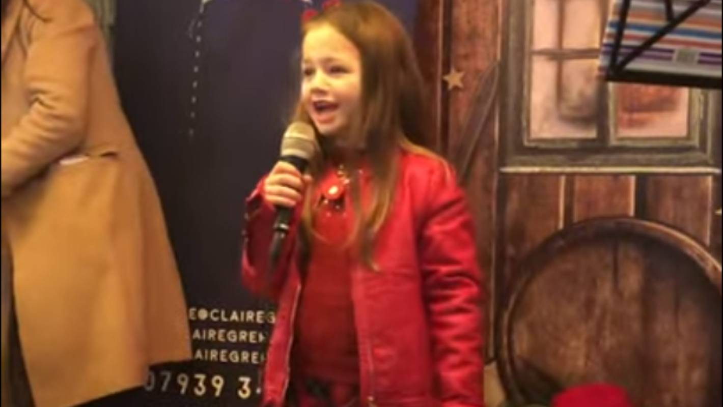 7 Year Old Scottish Girl Singing Dance Monkey Wows Crowd Stuff Co Nz