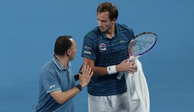 Daniil Medvedev smacks umpire's chair twice during drama-filled ATP Cup clash
