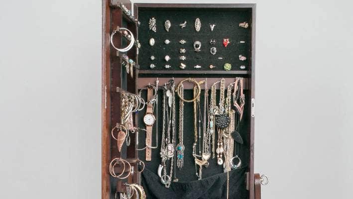 Stuff Co Nz, Free Standing Jewellery Mirror Nz