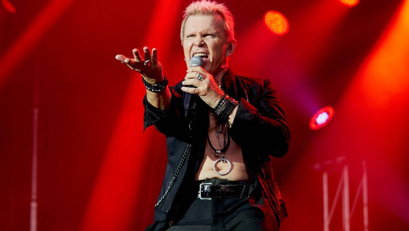 Fans walked out 'gutted' about Billy Idol show in Queenstown