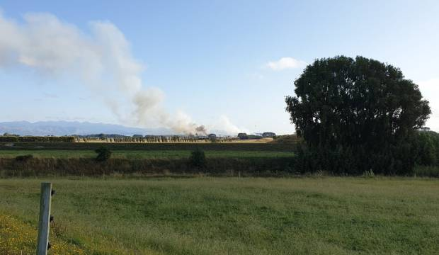 Helicopters fighting scrub fire near Palmerston North