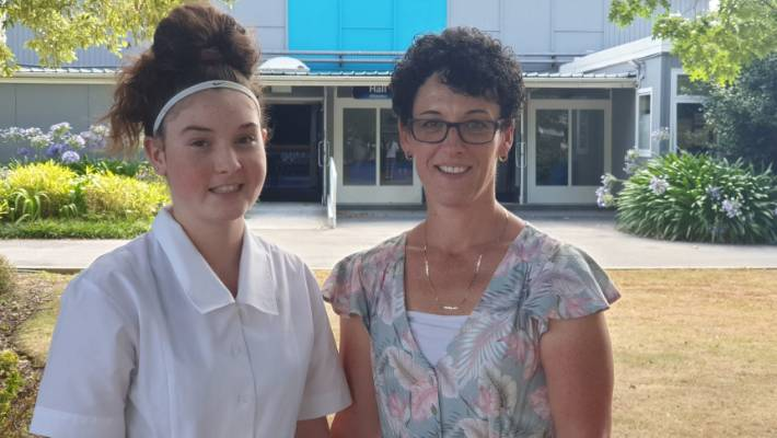 Year 9 student Gemma Stagg and her mother Kellye Stagg.