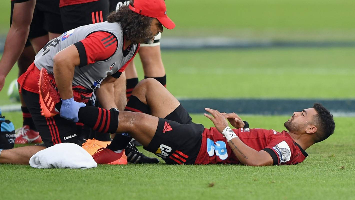 Super Rugby: Groin and knee not expected to sideline Crusaders' Richie Mo'unga