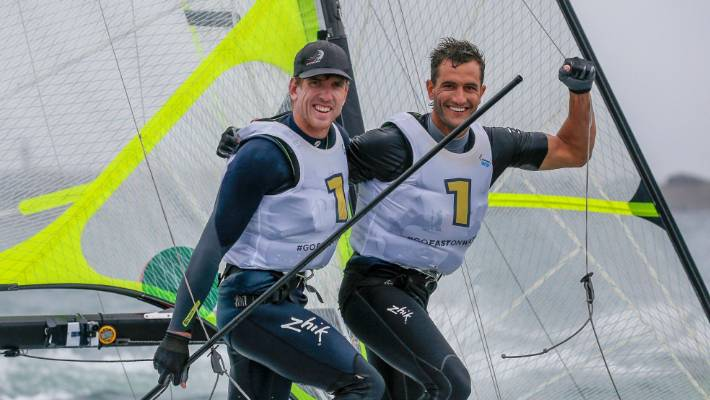 Kiwis Peter Burling and Blair Tuke claim their sixth 49er world title with a brilliant finish in Geelong.