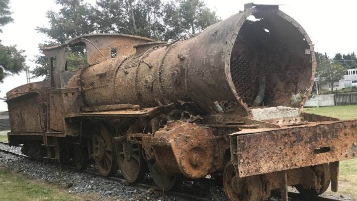 The first 1885 locomotive to be lifted out of the Oreti River has a new home in Lumsden township and has been attracting vistors from across the world.