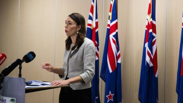 Coronavirus: Everyone coming to New Zealand must isolate for 14 days, Prime Minister Ardern says