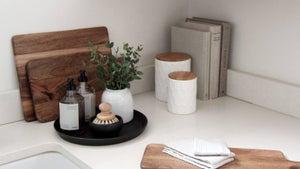 5 ways to tame kitchen sink clutter