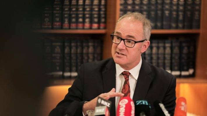 Economic Development Minister Phil Twyford has been told that those earning twice the average wage should have an eaiser path into NZ.