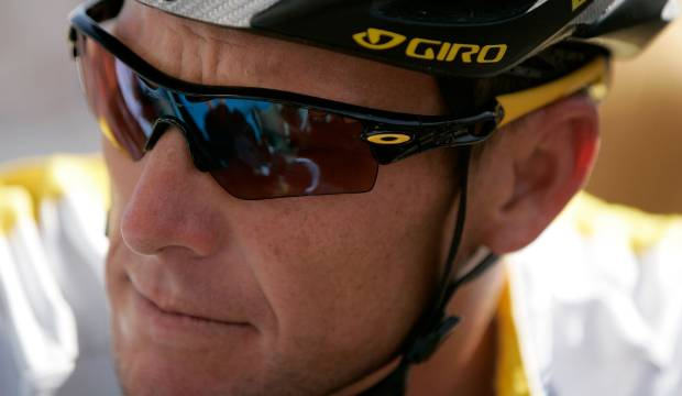 Lance Armstrong's classy response to first taste of public abuse over doping scandal