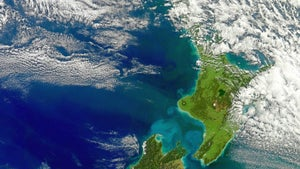 Ancient volcanic plume under NZ