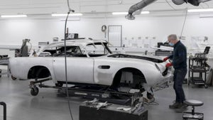 Aston DB5 back in production