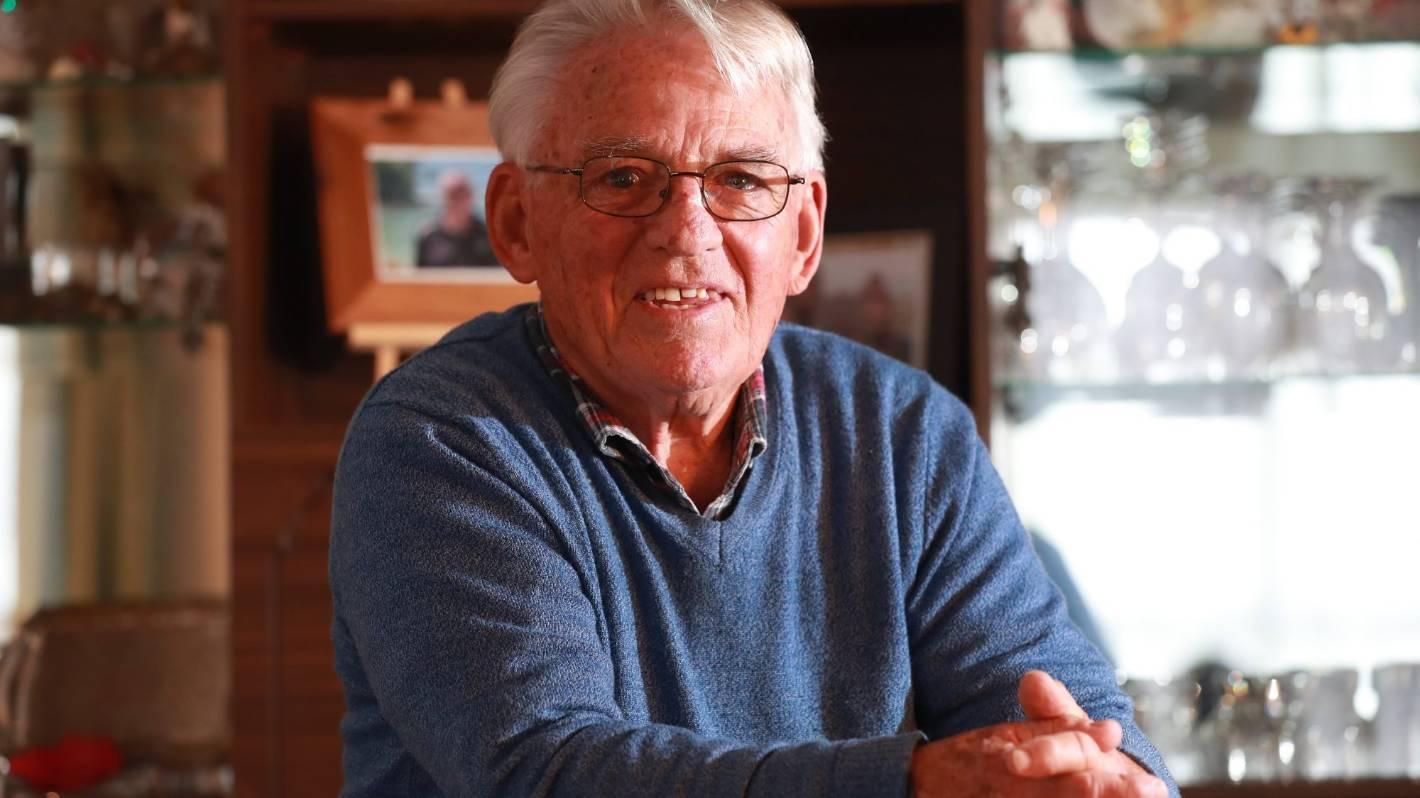 Volunteering veteran Jim Thomas honoured with Queen's Service Medal