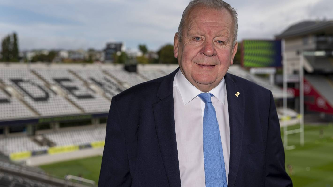 Coronavirus: World Rugby's Bill Beaumont wary about return without vaccine