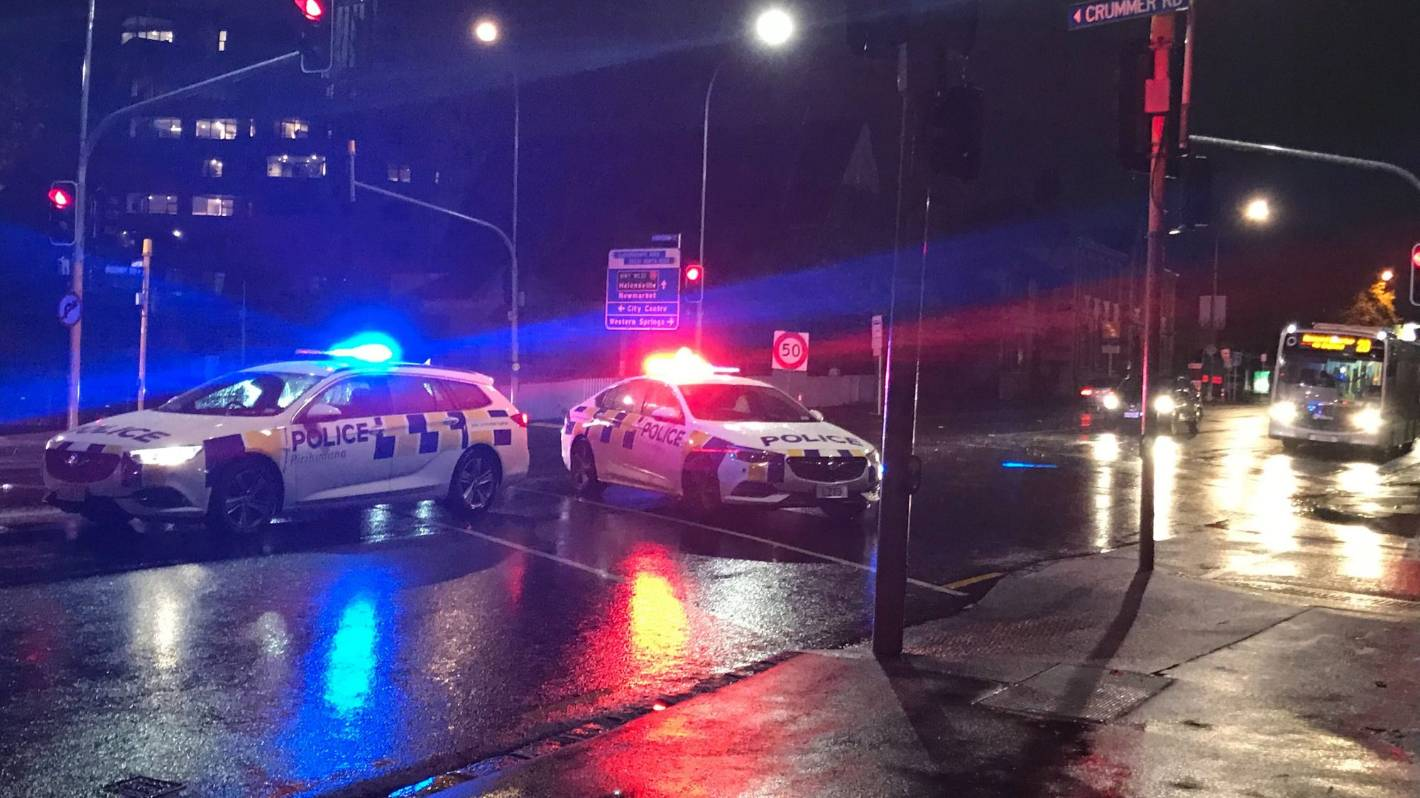 Serious crash on Auckland's Ponsonby Rd