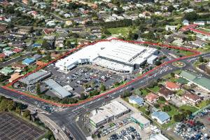 West Auckland's Kelston Mall has sold for $43.4 million.