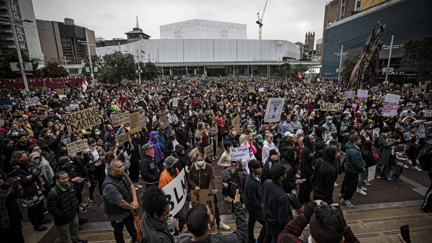 Black Lives Matter march: Thousands at Kiwi protest say 'no justice, no peace'