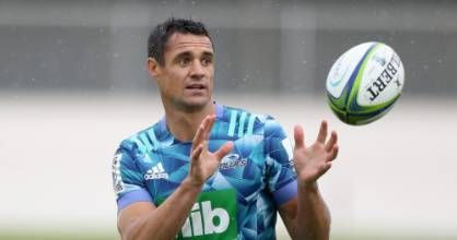 Dan Carter has joined the Blues as an injury replacement for the Super Rugby Aotearoa season.