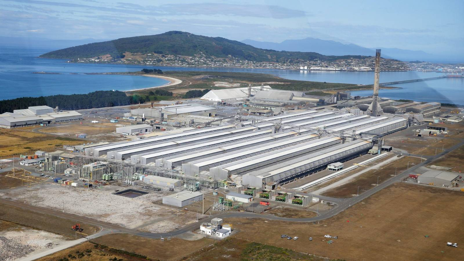Tiwai Point aluminium smelter to close, 1000 jobs to go