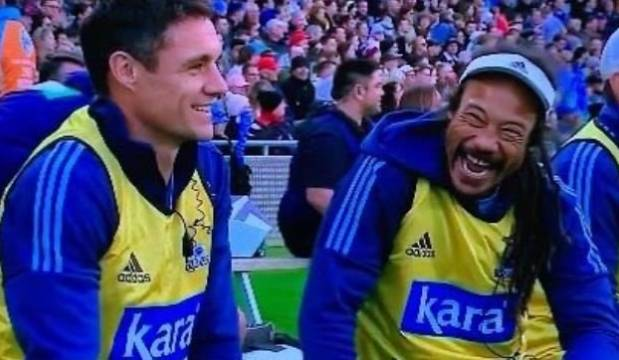 Super Rugby Aotearoa: Dan Carter and Tana Umaga get rousing reception as Blues water boys
