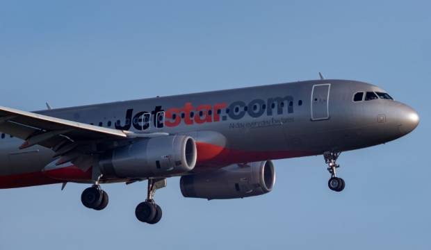Commerce Commission investigating Jetstar's handling of domestic flight cancellations