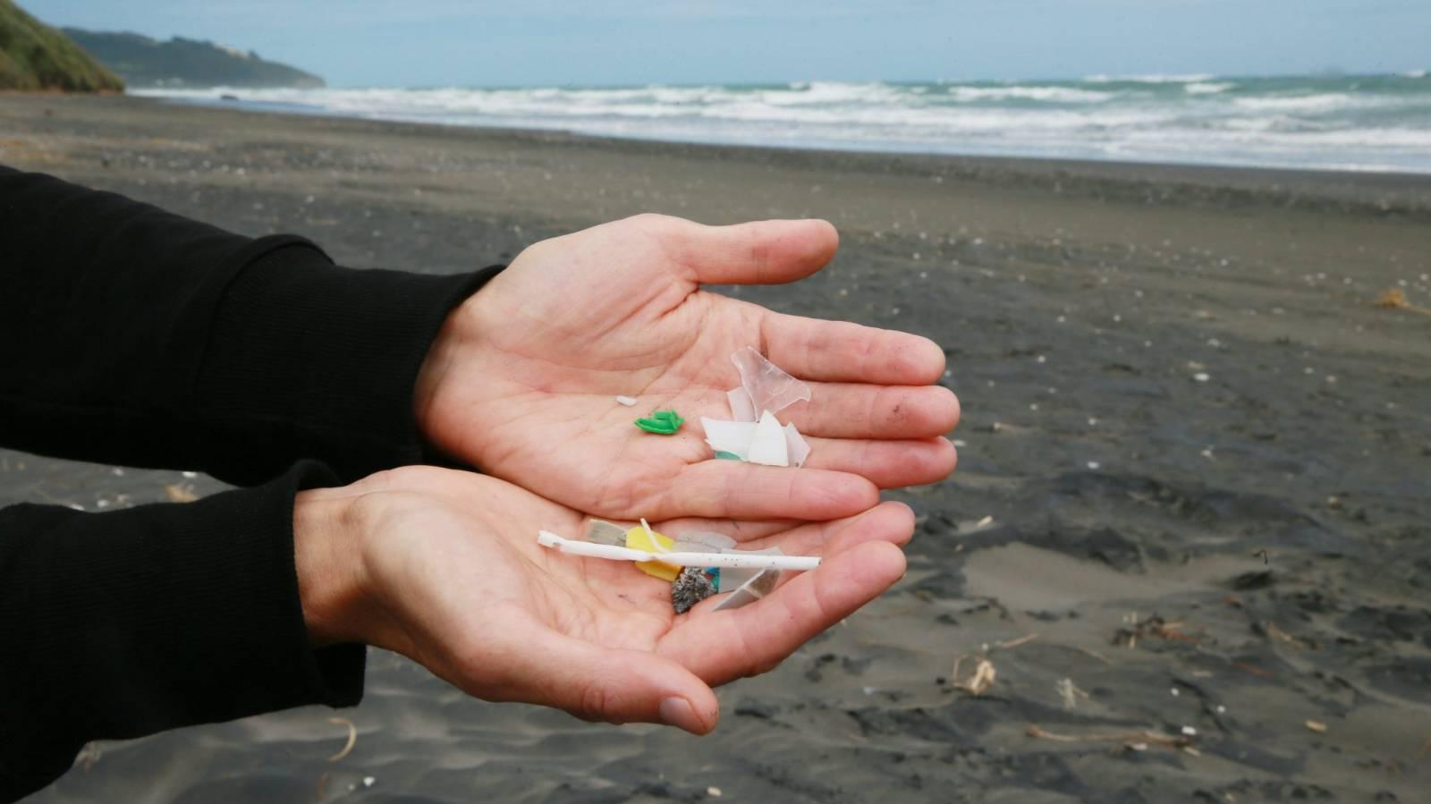 Coronavirus waste adds to plastic pandemic