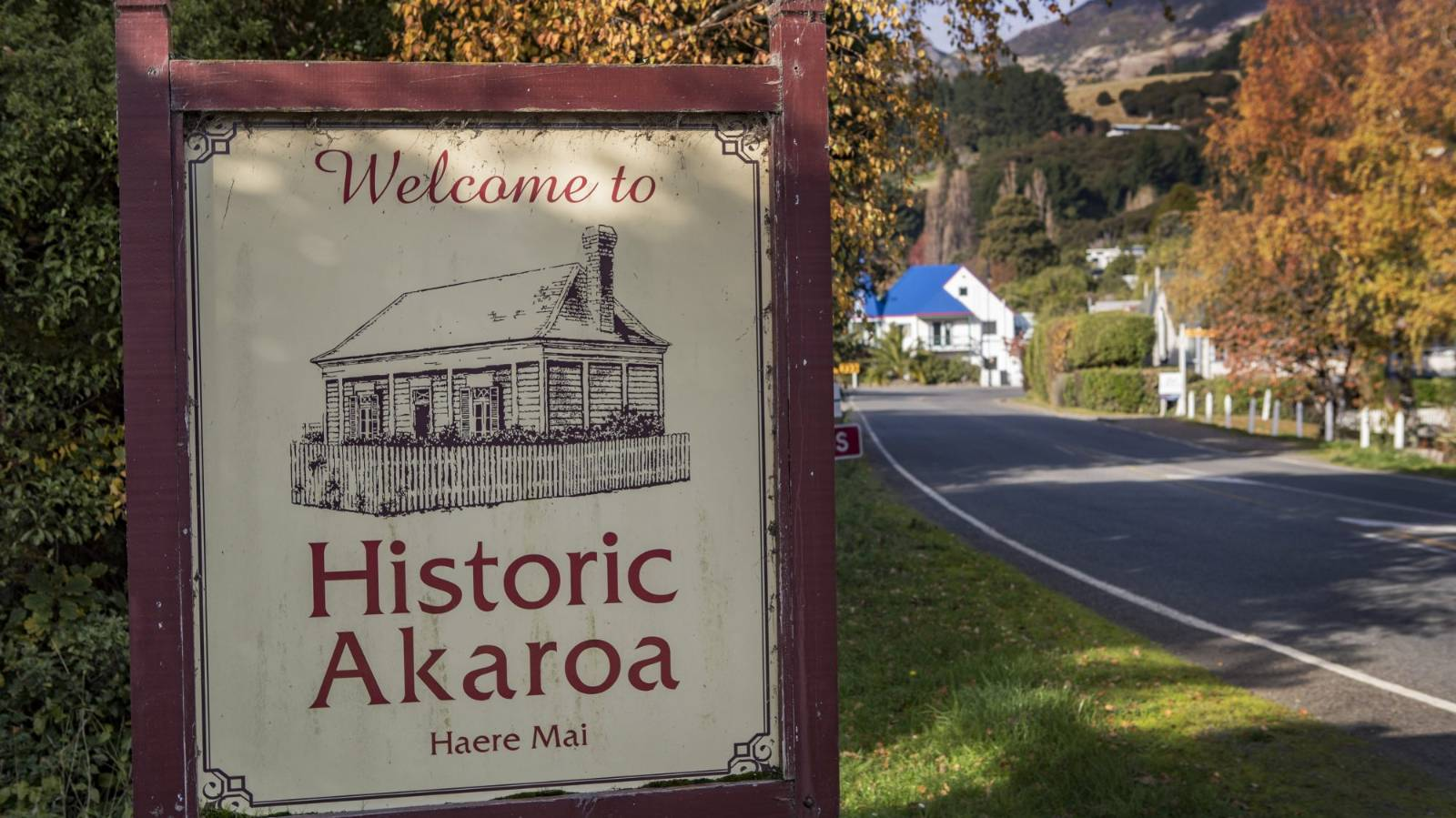 Call to return the missing 'Wh' in Akaroa