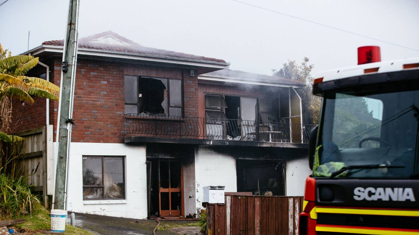 Auckland fire crews battle blazes at two seperate house fires