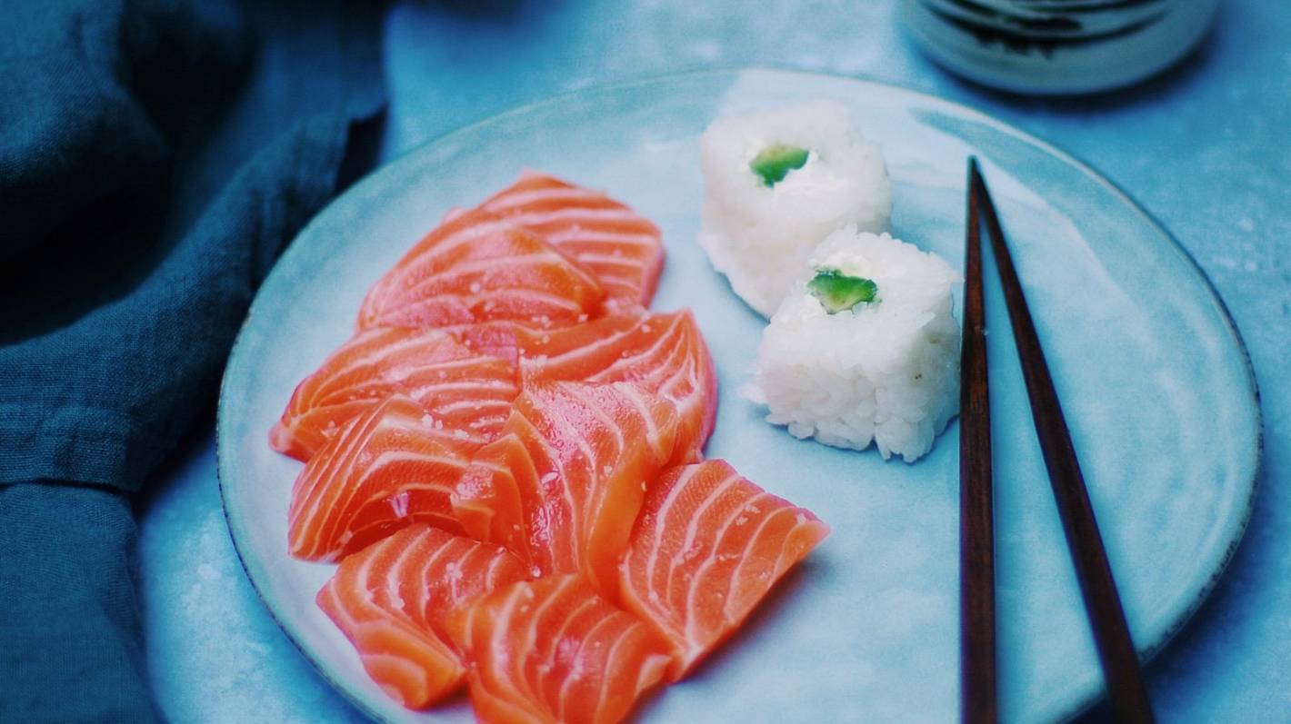 Worm lodged in woman's throat while eating sashimi