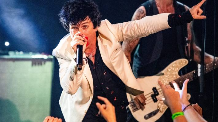 Billie Joe Armstrong of Green Day will no longer be visiting NZ in November.