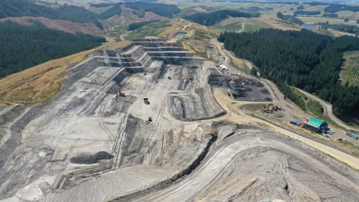 Plans to expand Canterbury Coal Mine by an additional 18 hectares have been submitted to Environment Canterbury (ECan) and Selwyn District Council to increase the open cast coal mine in the Malvern Hills, 20 kilometres west of Darfield.