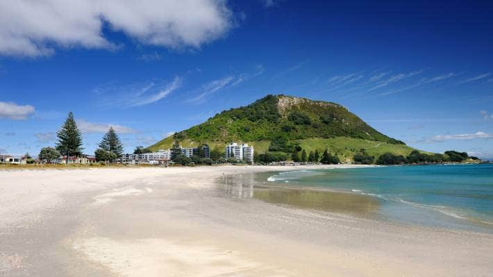 Maunganui beach mount Hotels in