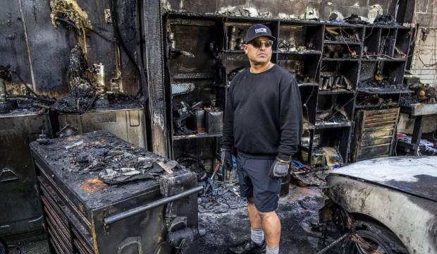 1971 Mercedes Benz survives fire that razes Wellington workshop