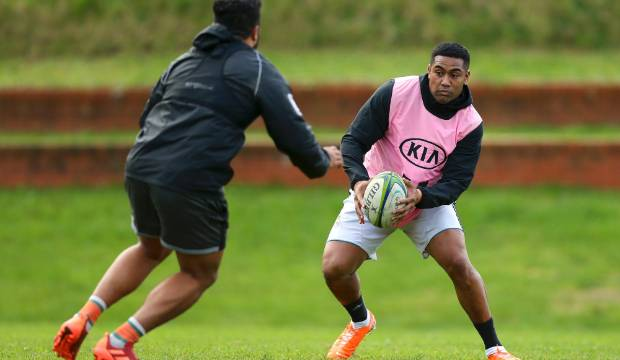 Hurricanes explain the merits of signing All Black Julian Savea for a fortnight